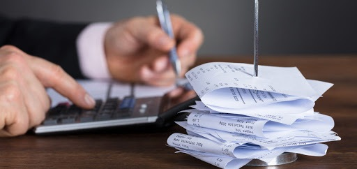 Employee Business Expense Deductions: Who Qualifies?